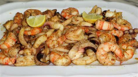 cuisiner des fruits de mer recette de fruits de mer sautés غلال البحر بالثوم