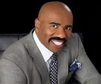 Steve Harvey Biography – Facts, Childhood, Family Life ...