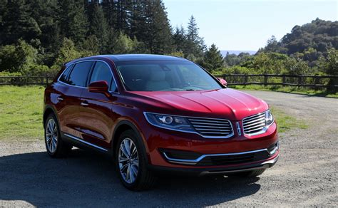 lincoln mkx review lincoln beats lexus    game