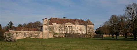 chateau de salles buzet le marquis et l architecte visites location de salles mariage tournage de besancon