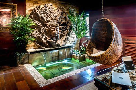 hotel avec chambre a theme suite romantique avec clos des vignes indonésienne
