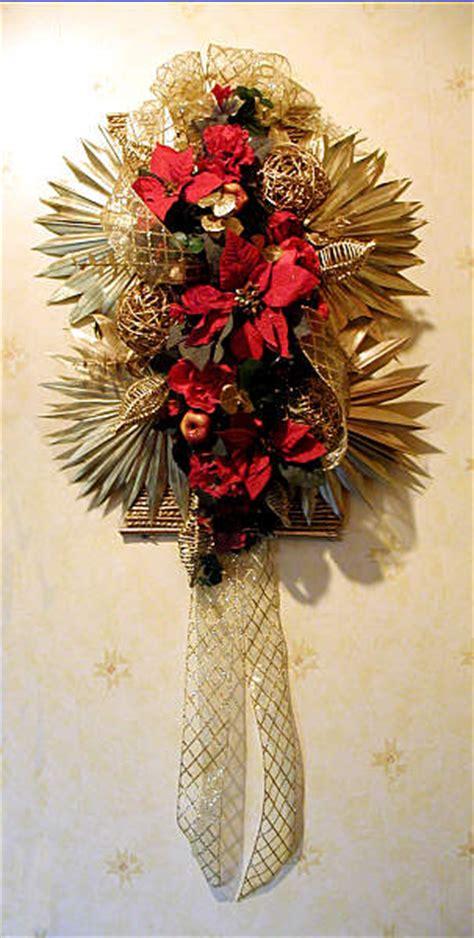 flower arranging  chrissie harten christmas arrangements
