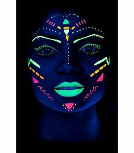 Maquillage Fluo Visage : ki sign tattoo et maquillage fluo uv ~ Farleysfitness.com Idées de Décoration