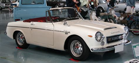 Datsun Fairlady 2000 by File Datsun Fairlady 2000 Jpg Wikimedia Commons