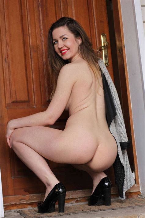Hot Photos Of Sexy Naked Milf — Russian Sexy Girls