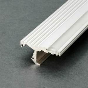 Kit Led Escalier : kit profil s led aluminium escalier 2m nez de marche pour ruban led ~ Melissatoandfro.com Idées de Décoration