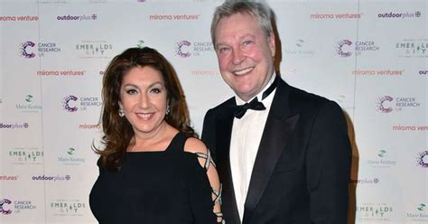 Jane McDonald's Loose Women colleagues and other stars pay ...