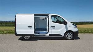 Geste Commercial Renault : bau kastenwagen renault ~ Medecine-chirurgie-esthetiques.com Avis de Voitures