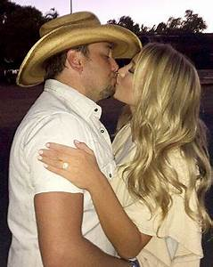 jason aldean kisses fiancee brittany kerr see her With jason aldean wedding ring