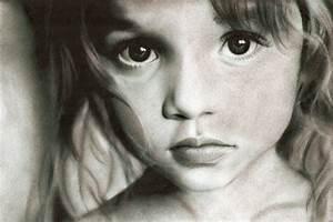 Little girl by Eileen9 on DeviantArt