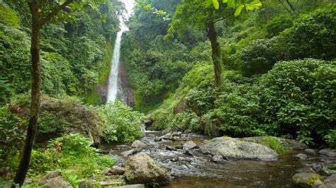 photo video production house bali waterfall git git