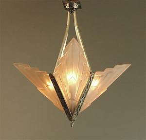 French art deco degue chandelier with geometric peach