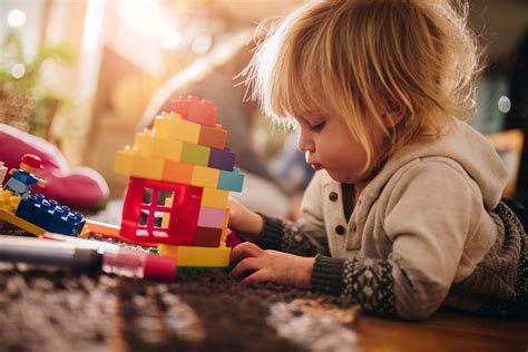 Why Independent Play is Vital for Raising Empowered ...