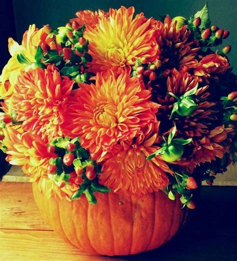 vibrant fall wedding centerpieces  inspire  big day