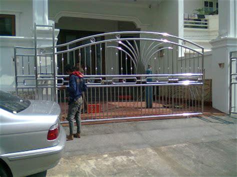 contoh pagar stenlis halus desain denah rumah terbaru