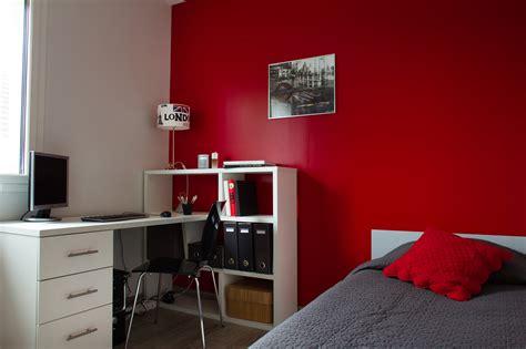 parquet chambre fille comment peindre la chambre de ado projets peinture
