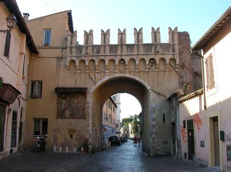 Unicite Porta Di Roma by Passeggiata A Trastevere