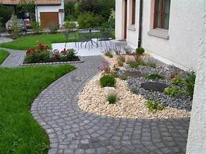 Gartengestaltung Ideen Beispiele : vorgartengestaltung mit kies 15 vorgarten ideen ~ Bigdaddyawards.com Haus und Dekorationen