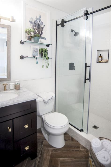 Contemporary Decoration Small Master Bathroom Designs 50