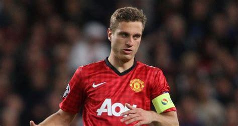 Manchester United defender Nemanja Vidic could return on ...