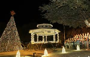 1400 reasons to visit grapevine tx this holiday season just short of crazy