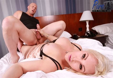 Pure Tscom All Bareback Hardcore Ts Site With 10 15 Updates Per Month Come Inside Page 8