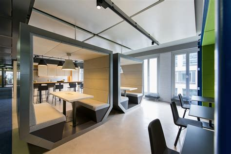 An Evolution Design concept for ZEB Consulting's offices   Floornature