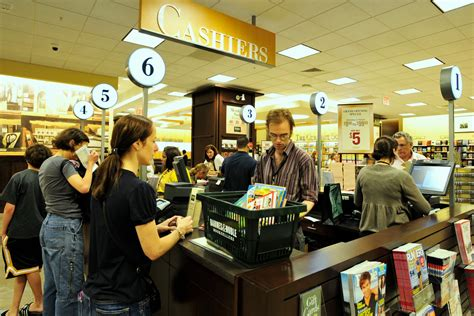 Barnes And Noble Norwalk Ct by Barnes Nobles Has Been Acquired By Paul Singer S