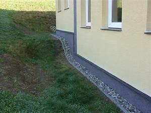 Povrchová úprava soklu domu
