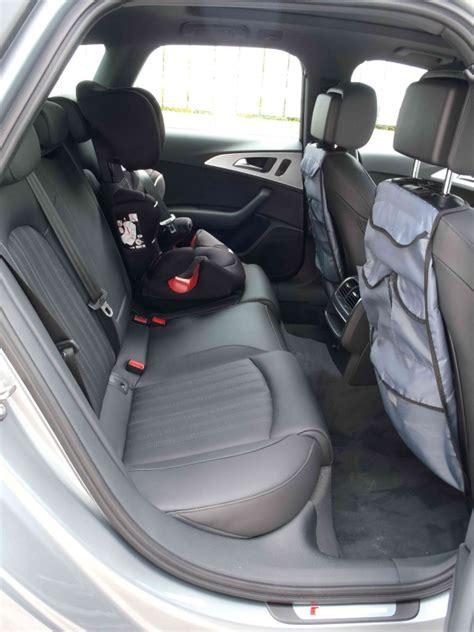 comment installer un siege auto dans une voiture comment mettre trois siege auto dans une voiture