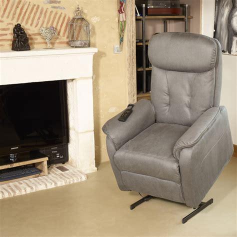 fauteuil relax de marque allemande table de lit