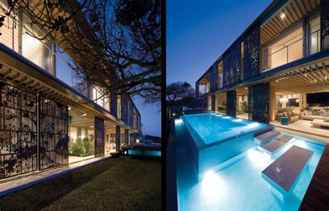Contemporary Cocoon House by Contemporary Cocoon House