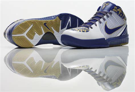 kobe bryant sneaker colorways  released