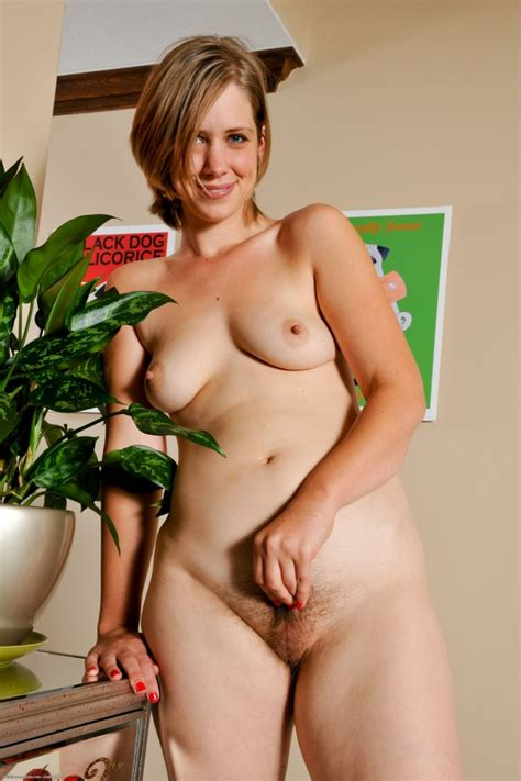 hairy pussy standing up qualité porno