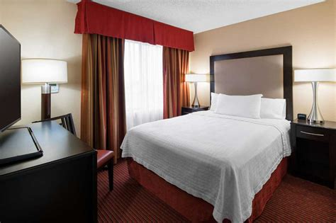 Homewood Suites By Hilton ™ Anaheim  Main Gate Area