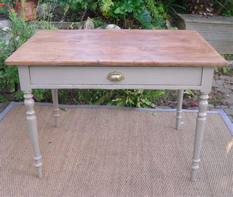 joli bureau joli petit bureau pieds tournés en bois peint