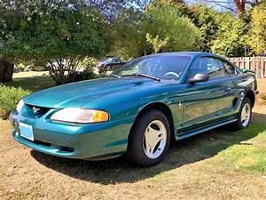 1997 Ford Mustang Coupe V6 Auto 103,200km Excellent Condition Oak Bay, Victoria - MOBILE