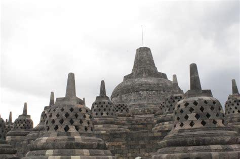 gambar stupa candi borobudur tempat wisata foto gambar