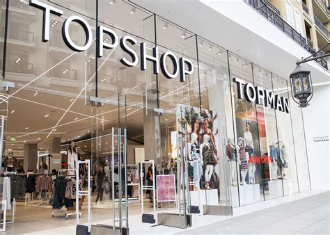 Here's an Exclusive Look Inside Topshop Glendale, Opening ...