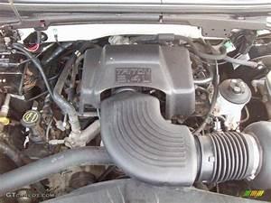2003 Ford F150 Xl Regular Cab 5 4 Liter Sohc 16v Triton V8