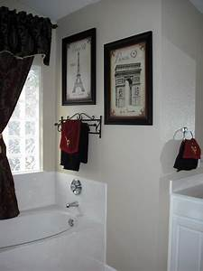 Exactly what i want for master bath black and white paris for Paris themed bathrooms