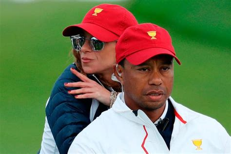 Tiger Woods gets cosy on the green with new 'girlfriend ...