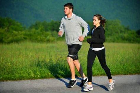 running lari joging atau lari santai bukanlah olahraga yang asing di