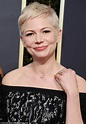 Michelle Williams flashes diamond ring at Golden Globes ...