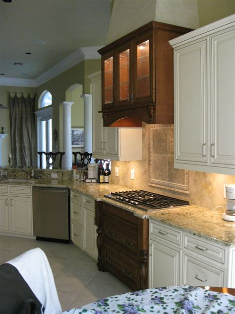Custom Cabinets Naples Florida by Cabinet Refacing Naples Kitchen Cabinets Naples Fl