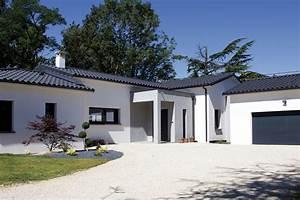 Maison En L Moderne : belle maison moderne aux lignes contemporaines montauban 82 villas et maisons de france ~ Melissatoandfro.com Idées de Décoration