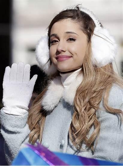 Ariana Grande Ella Chica Zeleb Momentos Estos