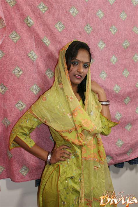 Beautiful Face Indian Girlfriend Slowly Rev Xxx Dessert