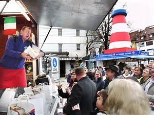 Verkaufsoffener Sonntag Rottweil : albstadt verkaufsoffener sonntag lockt viele auf die stra en albstadt schwarzw lder bote ~ Orissabook.com Haus und Dekorationen