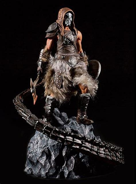 Skyrim Dragonborn Statue Thinkgeek Video Games